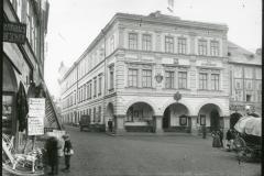 Trutnov, Krakonošovo náměstí, dnes Hotel Grand Luxury